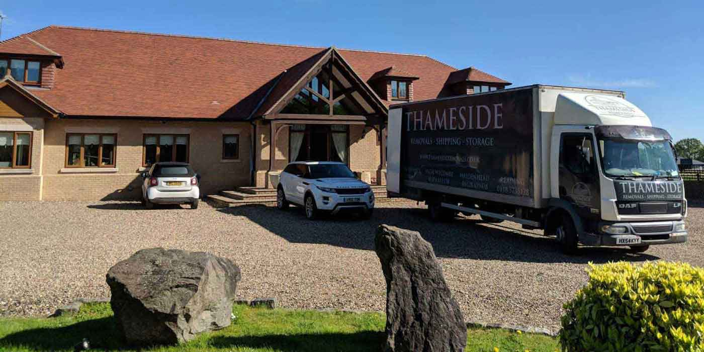 Thameside Removals moving house